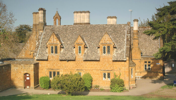 Great Tew School in Oxfordshire - one of the best school places for living in London
