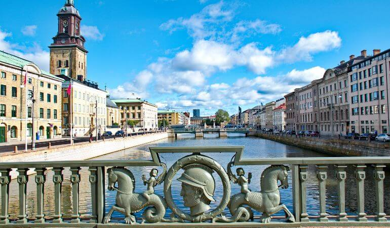 The bridge of the moat in the downtown of Gothenburg, Sweden